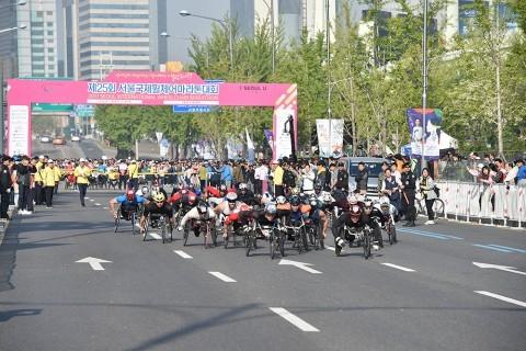 '제25회 서울국제휠체어마라톤대회' 마르셀 허그 우승